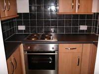 3 bedroom flat in Dinsdale Road, Newcastle Upon Tyne, NE2