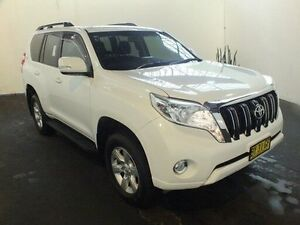 2014 Toyota Landcruiser Prado KDJ150R MY14 GXL (4x4) Glacier White 5 Speed Sequential Auto Wagon Clemton Park Canterbury Area Preview