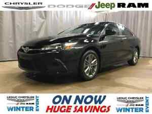 2017 Toyota Camry SE only 5400 KMS !!! AS NEW