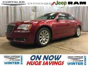 2012 Chrysler 300 Limited LEATHER PANORAMIC SUNROOF SAT RADIO BL