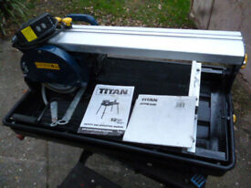 TITAN 600 WATT SLIDING PRECISION TILE CUTTER