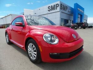 2016 Volkswagen Beetle Coupe Trendline, Economical 1.8L 4Cyl - B