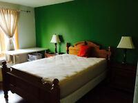 Spacious bedroom on 2nd floor in a nice detached house-In Aurora