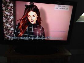Black SAMSUNG 40inch LCD TV
