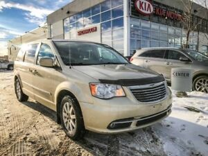 2011 Chrysler Town & Country Touring FWD 3.6L *BLUETOOTH/REARVIE