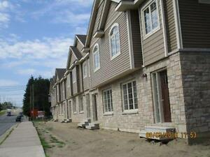 Townhouses on Squires St
