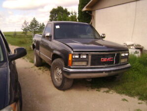 1988 GMC  4x4 step side for parts