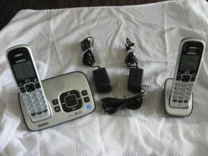 UNIDEN  cordless  phones (two handsets)...like new..$40