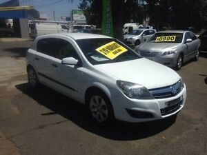 2008 Holden Astra AH MY09 CD White 4 Speed Automatic Hatchback Lidcombe Auburn Area Preview