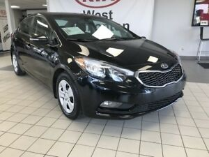 2016 Kia Forte EX FWD 2.0L *SUNROOF/REARVIEW CAMERA/HEATED CLOTH