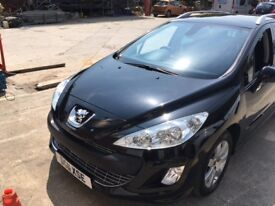 Peugeot 308 SW HDI Auto. Vehicle in Good Condition, MOT expires 30 August 2018,