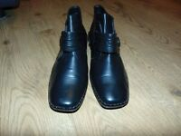 nice shoes,joblot shoes,cheap,size 8 ,carboot, barely used or new,nice,boots