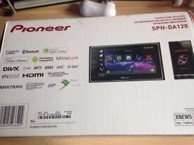 Pioneer Car Radio AppleCarPlay - Sat Nav, Bluetooth, calls & texts SPH-DA120