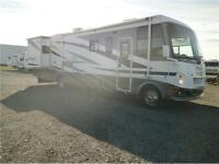 2008 DAMON CHALLENGER 348!! 2 SLIDES, ONLY 22000 MILES! $53995!!