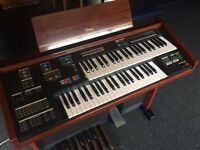 Yamaha Electone MC200 Organ