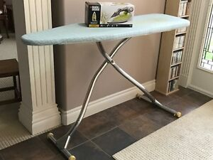 Black & Decker Xpress Steam Iron and Ironing Board