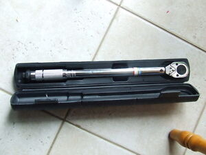 Torque wrench 1/2 inch 20-150 lb/ft Brand new , not used