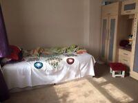 2 BEDROOM HOUSE TO DAGENHAM