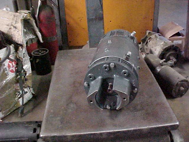 Hyster 324845 Forklift Hydraulic Pump Motor Reman.