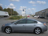 6 SPEED MANUAL ! LIKE NEW ! 2007 NISSAN ALTIMA SE London Ontario Preview