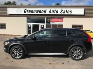 2016 Volvo V60 Cross Country T5 Premier AWD! LEATHER! STUNNIN...