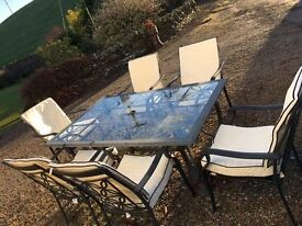 7 piece Garden set : 6 seats, glass table and cream cushions (Worth £500)