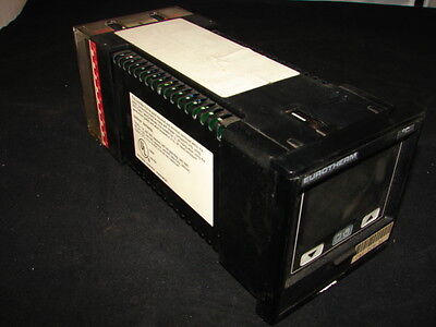 Eurotherm 818s-rtd-rlgc-mov5-fhd-0-0-0-sn-70... Temperature Controller Xlnt
