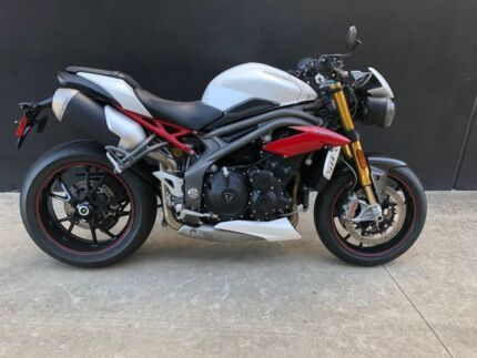 2016 Triumph Speed Triple R-ABS 1050CC Sports Epping Whittlesea Area Preview