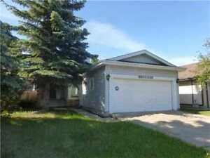 Aldergrove house close to West Edmonton Mall 18915 86A Ave