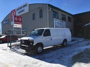 Ford Econoline Cargo Van E-250 Ext Commercial 2011