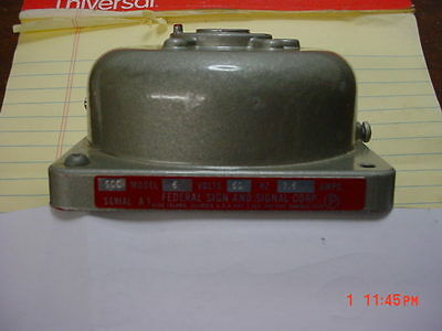 Federal Signal 500 6 Volt 1.6 Amp Horn