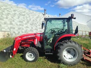Massey Ferguson 1643 Tractor