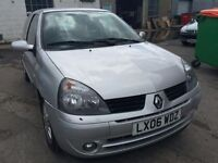 2006 Renault Clio, starts and drives well, MOT until March 2017, low mileage of 64,000, car located