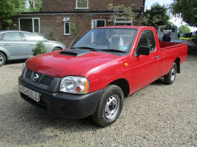 nissan np300 d22 navara single cab 2x4 pickup 2008 reg no vat 50k in wetherby west. Black Bedroom Furniture Sets. Home Design Ideas
