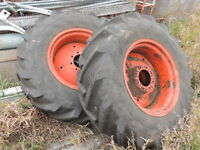 14.9 x 24 rear construction tractor wheels with tire and weights