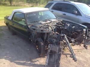 """PARTING OUT OR COMPLETE 1990 Mustang 5.0 vert """"7up car""""  Peterborough Peterborough Area image 2"""