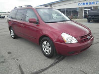 2008 Kia Sedona SPORT PKG EXCELLENT SHAPE IN AND OUT