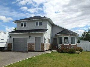 NEW LISTING!! GREAT STARTER HOME!!