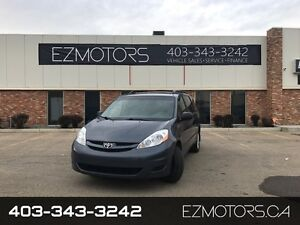 2010 Toyota Sienna CE--AWD--LOW KMS--ACCIDENT FREE