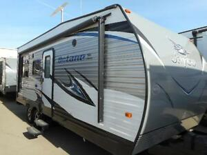 2016 OCTANE 222- TOY HAULER TRAVEL TRAILER