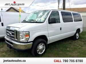 2011 Ford E-350 Super Duty XLT w/ Towing package LOW KILOMETRES