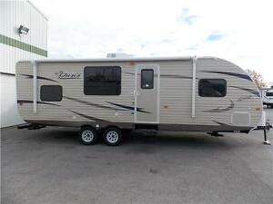 2017 FOREST RIVER SHASTA OASIS 25RS TRAVEL TRAILER