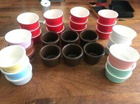 Set of 30 ceramic dessert pots/bowls