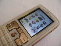 Sony Ericsson w8ooi