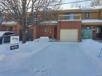 2 bedroom house Pierrefons.....available now