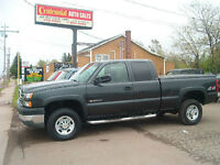 2005 HD2500 CHEVY EXT CAB Pickup Truck