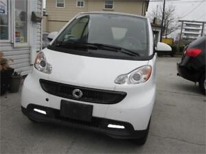 2013 smart fortwo Pure NAVI  Panoramic Moonroof CLEARANCE