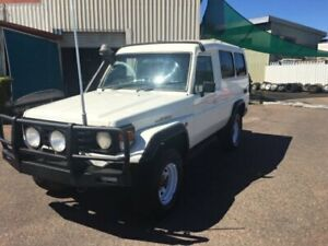 2005 Toyota Landcruiser HZJ78R (4x4) 11 Seat White 5 Speed Manual 4x4 TroopCarrier Berrimah Darwin City Preview