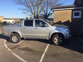 Toyota HILUX 3.0 D-4D Invincible Pick up truck Silver, Leather, SatNav 2010 price inc VAT SOLD