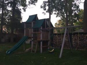 Play Structure- large, disney brand